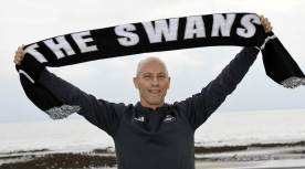 Bob Bradley is unveiled